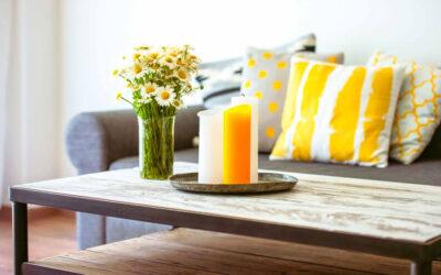 Stół czy stolik w salonie – czym się kierować