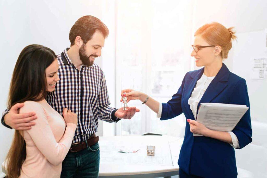 Umowa z agentem nieruchomości może być otwarta bądź na wyłączność