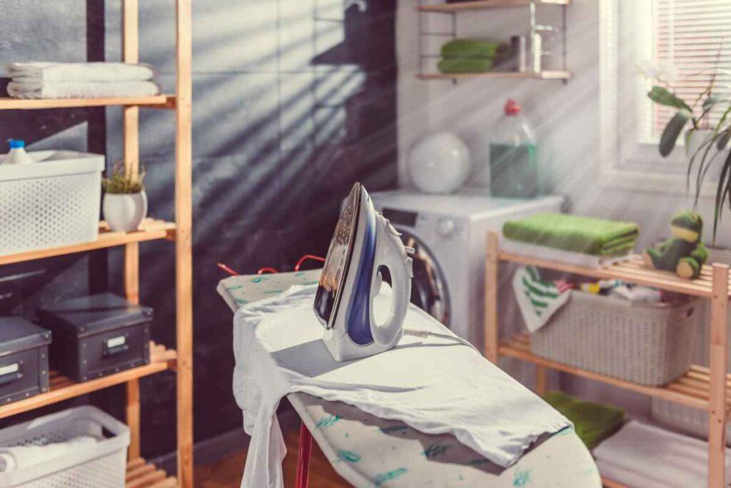 w dużej pralni można prasować